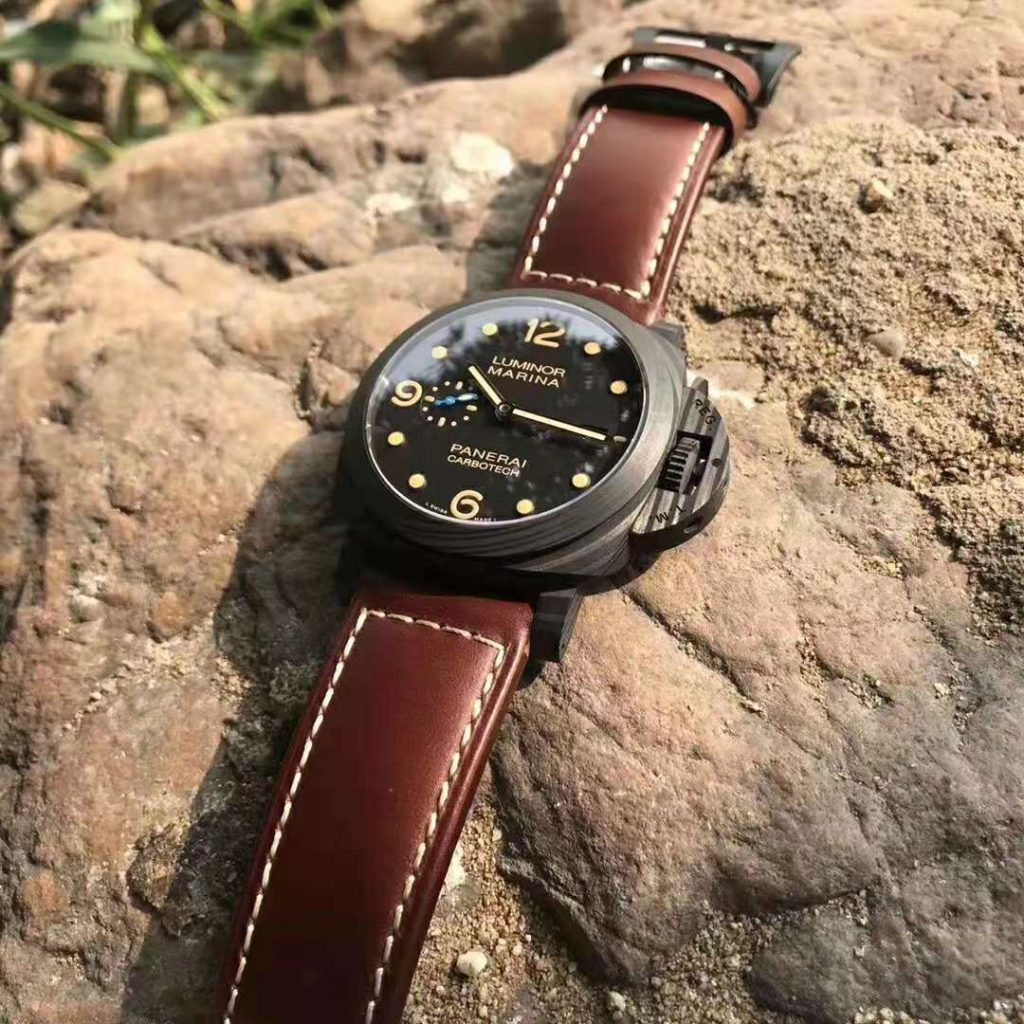 Fake PAM 661 CarbonTech