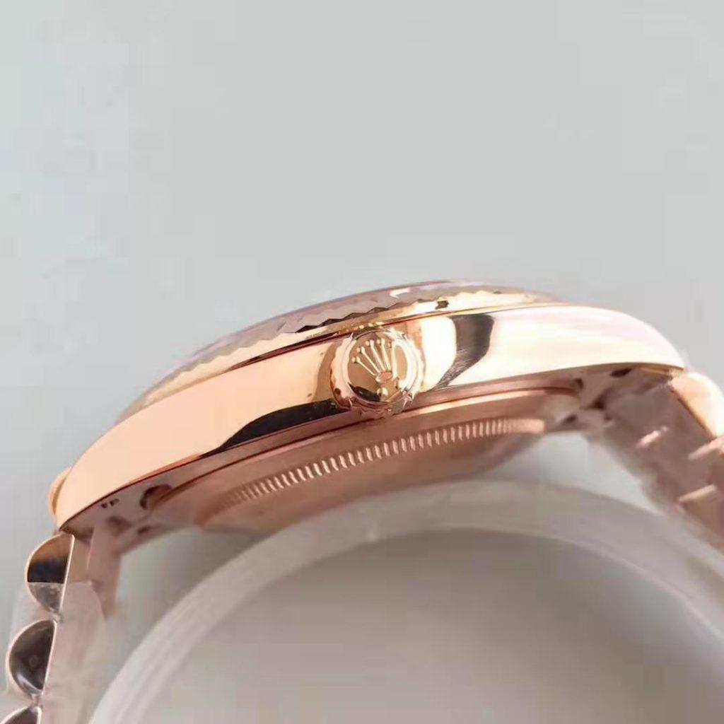 Replica Rolex Day Date 40mm 18K Rose Gold Watch corw